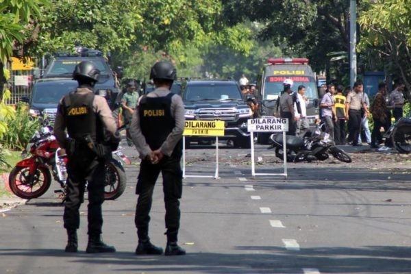 Suicide bombers hit Indonesia churches, 10 killed, 41 injured