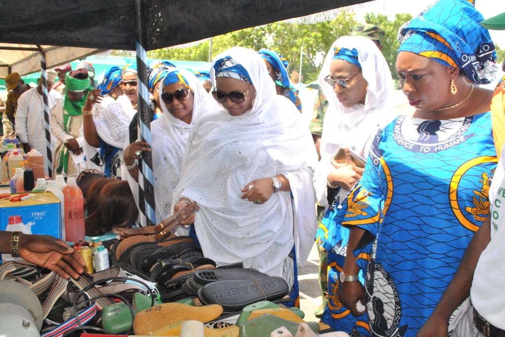 NAFOWA inaugurates skills acquisition programme in Kainji, empowers widows, youths